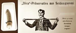 """DESTRA: la didascalia recita """"'preservativi Diva, fatti di gomma di seta. La mia protezione legale distesa!"""" SINISTRA: un preservativo fatto con la vescica di pesce, che secondo le testimonianze giunte fino a noi veniva usato già da Re Minosse nel 1200 a. C."""